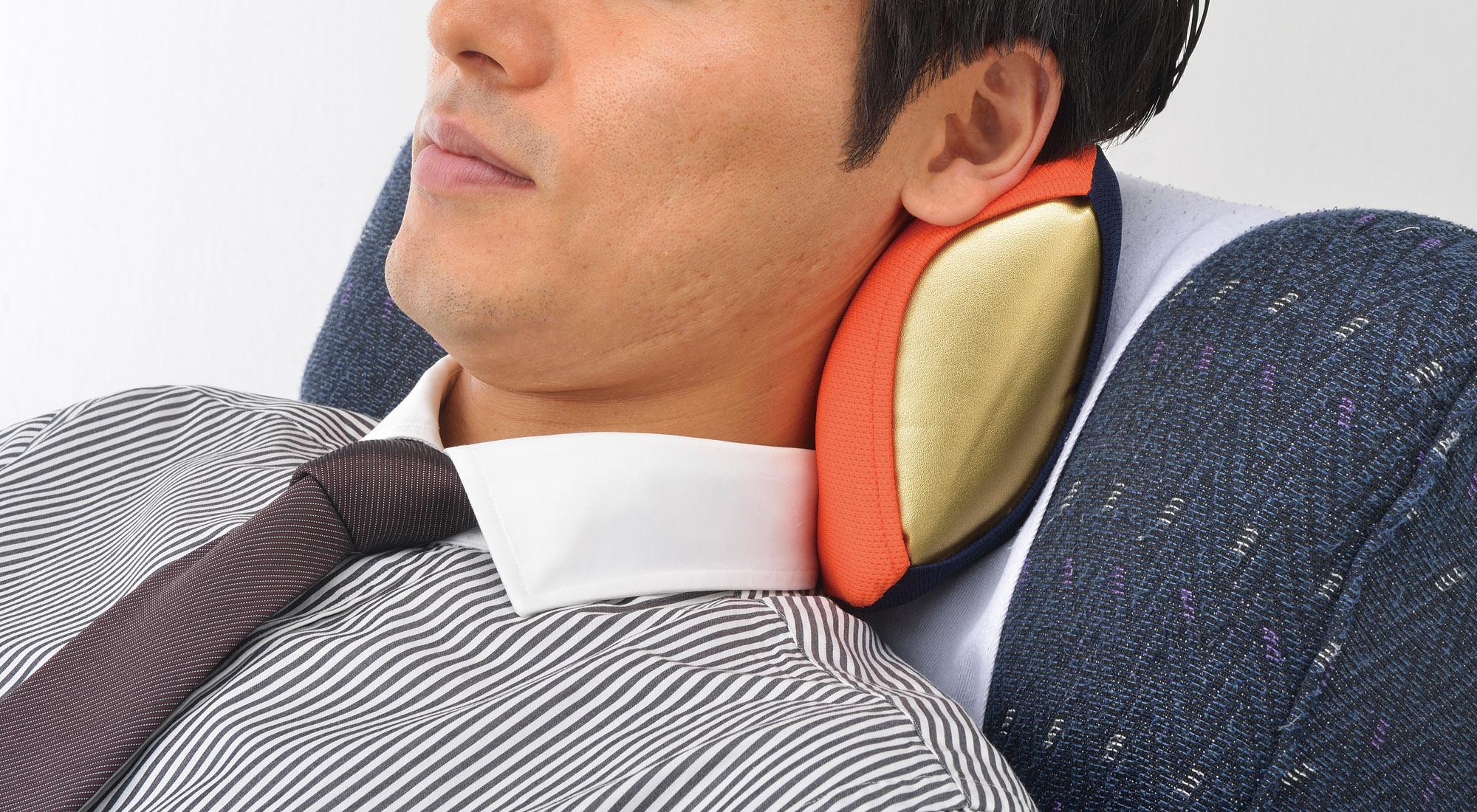 ネックラック|乗物用頚椎保持具